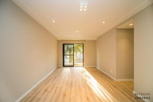 Apartamento na Pompeia, totalmente reformado, com 71 m², 3 dormitórios, sendo 1 suite, varanda e 1 vaga em uma localização especial.