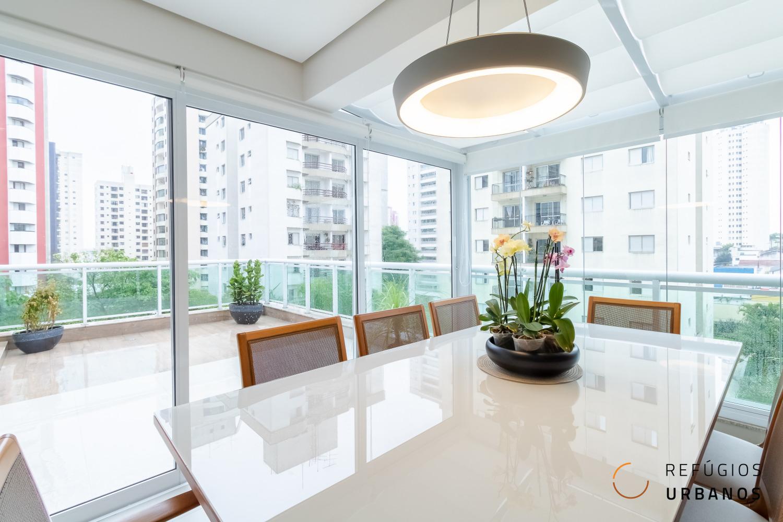 Apartamento Garden na Vila Mascote, 93 metros, 02 dormitórios, 01 suíte, banheiro social, decoração impecável em um condomínio surpreendente.