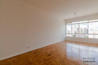 Imóvel no Campos Elíseos: 3 quartos, 97m² com uma vaga. Completo na lista de desejos: Janelão com vista livre e piso de taco.