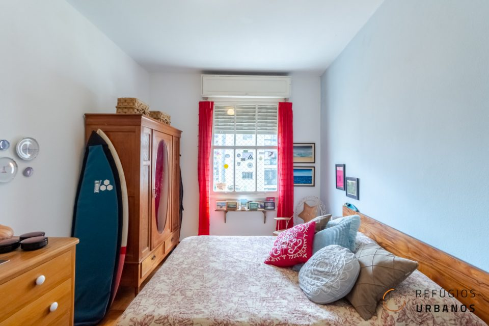 Em predinho super charmoso, esse apartamento na Barra Funda conta com 82m2 distribuídos em sala, dois dormitórios, banheiro, cozinha e varandinha.
