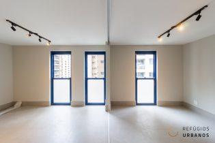 Moema Pássaros, apartamento reformado com 81 m2, prédio icônico dos anos 70. Projeto Eduardo de Almeida. Andar alto. 1 suíte. 1 vaga.