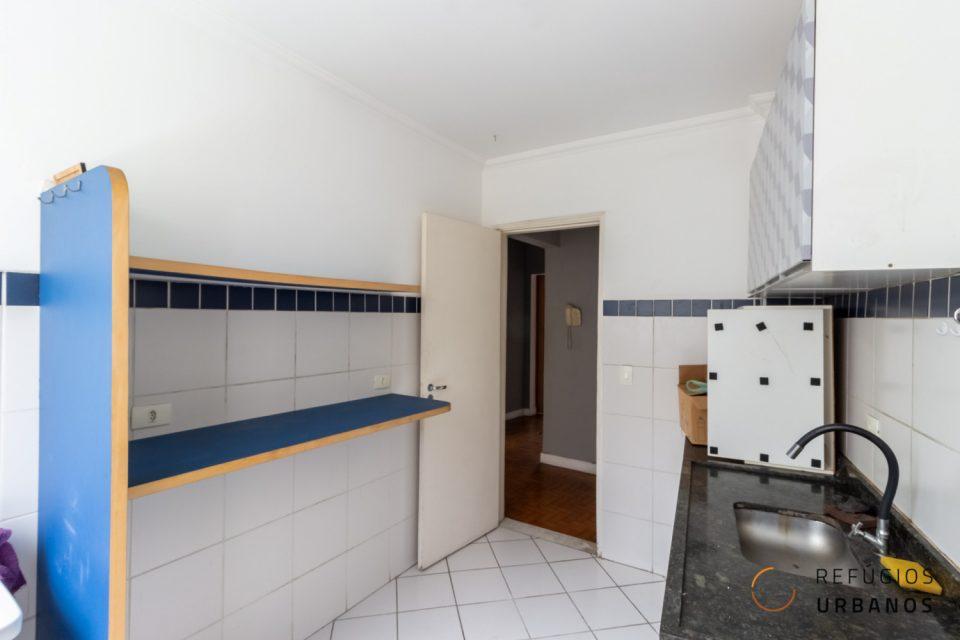 Apartamento de 58² com 1 dormitório, lazer, com potencial de reforma em prédio ícone do Centro de São Paulo.