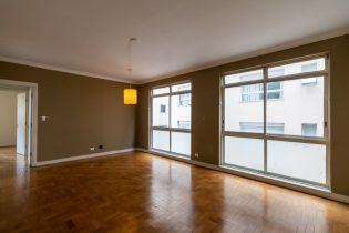 Apartamento de 88 metros quadrados de área útil, janelão, com 2 dormitórios, e 1 vaga em uma ótima localização no Jardins!