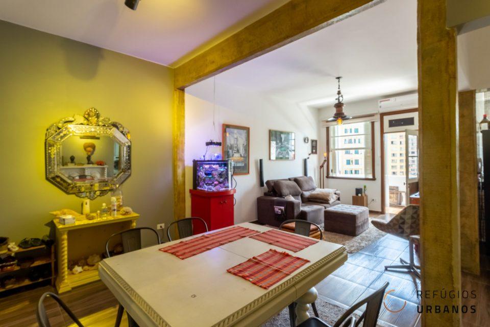 Os mais pedidos: varanda do Santa Elisa. Vista livre para o largo do Arouche em prédio antigo da década de 20. Apartamento espaçoso de 114 m².