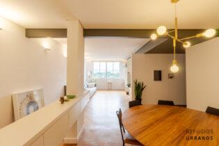 Jardins Paulista, apartamento com 155 m2, 2 quartos, sendo 1 suíte, 1 vaga. Reformado lindamente, pronto para morar.