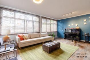 Com 86,50 m², dois quartos sendo uma suíte, o apartamento reformado da Vila Buarque tem cozinha integrada à sala de jantar.