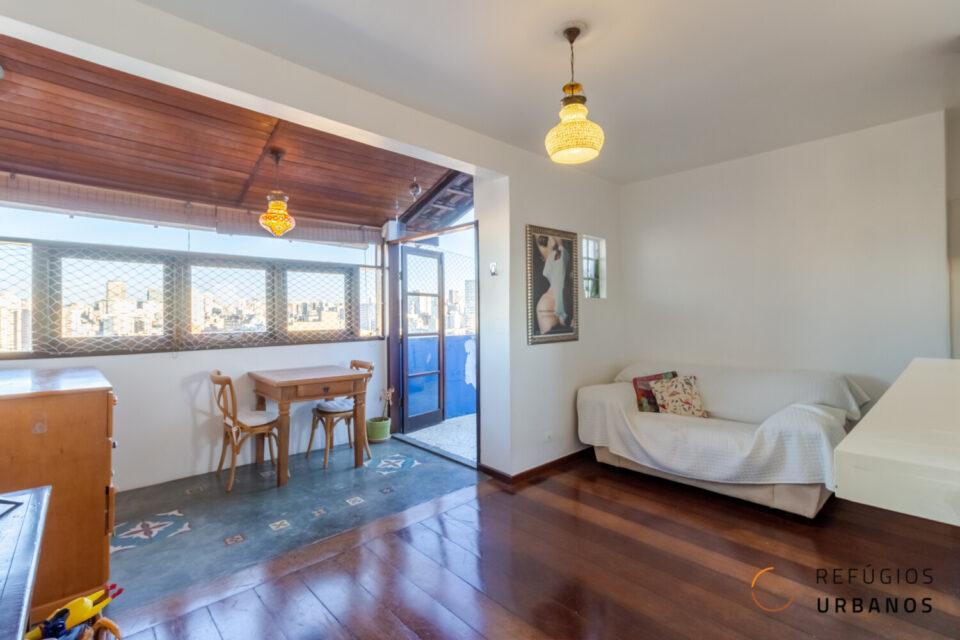 Barra Funda: Uma cobertura com vista livre e espetacular para São Paulo. 46m2 + área externa, com 1 dormitório 1 banheiro e 1 vaga.