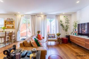 Planalto Paulista, encantadora casa em condomínio com 230m2 de área privativa. 4 quartos/3 suítes. Jardim com jabuticabeira e espaço gourmet. 3v.