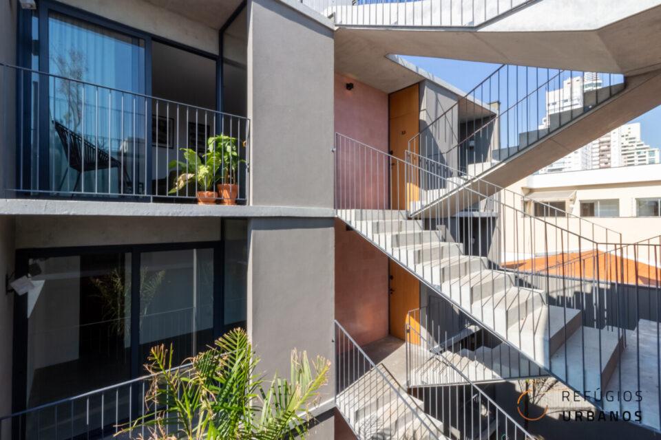 Oportunidade! Brooklin, uma super localização, apartamento com 35m2, planta super inteligente, 1 quarto, varandinha. Predinho super charmoso. Sem vaga.