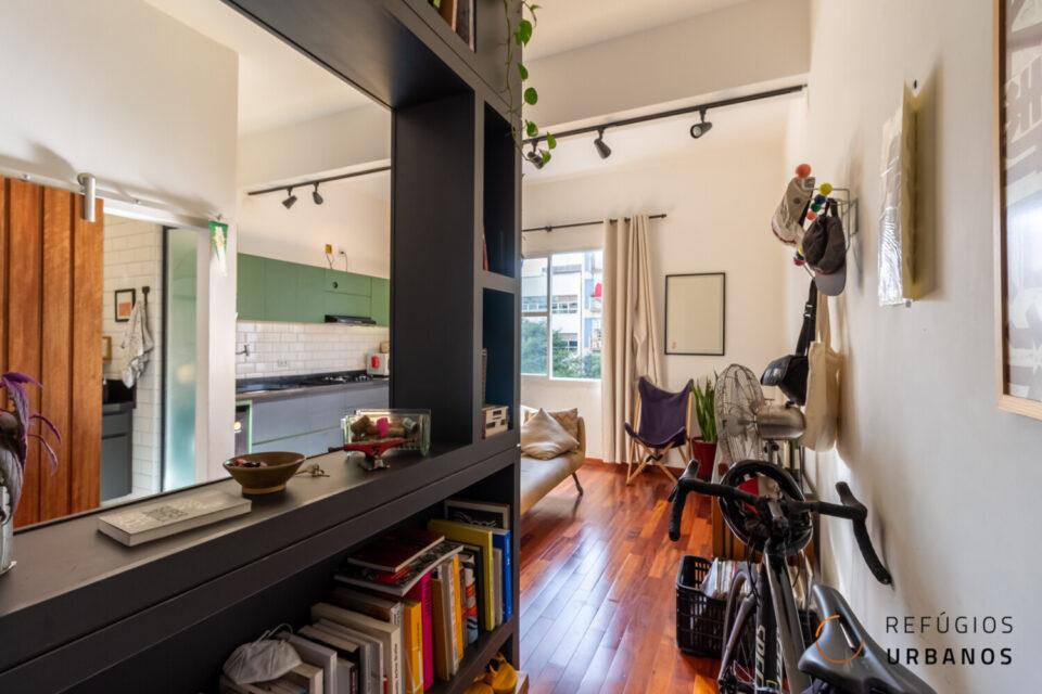Studio de 25 metros quadrados, todo integrado, com uma super reformada com marcenaria planejada na Bela Vista