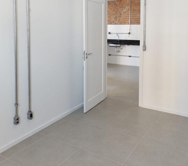 Este pode ser seu novo lar: No Campos Eliseos, apartamento de 50m2 todo reformado, lindo com pegada industrial, em predinho muito fofo.