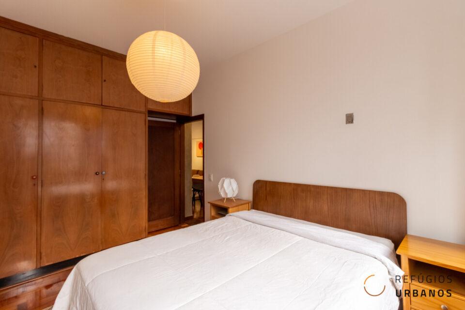 Apartamento de 113 metros quadrados na Bela Vista, super espaçoso com dois dormitórios e reformadíssimo, em região tranquila do bairro