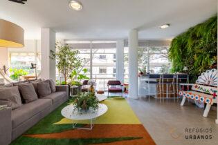 Apartamento no icônico Ed. Louveira, do mestre Vilanova Artigas, 147m2, reformado, moderno e incrível com 2 quartos, sendo 1 suite e 1 vaga.