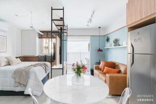 Um studio com uma reforma impecável, 36m2, varanda, vaga, no Condomínio Vibe Republica, pronto para morar.