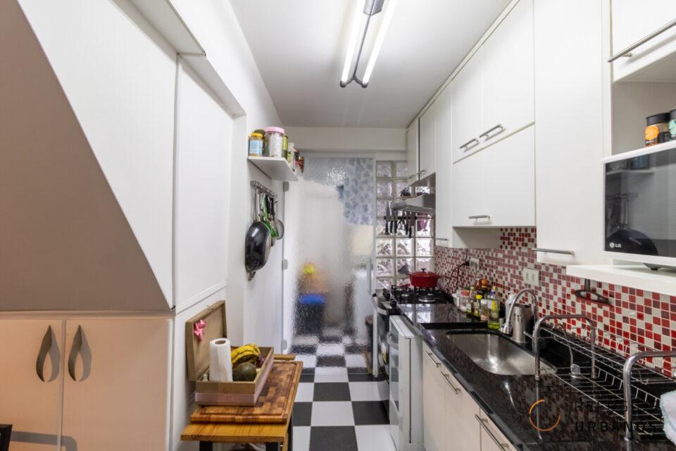 Cobertura de 140m2 com 2 dormitórios, 1 vaga na Vila Clementino. Um clima de tirar o fôlego, vista para o Ibira, hidromassagem e churrasqueira do lado do metrô Hospital São Paulo