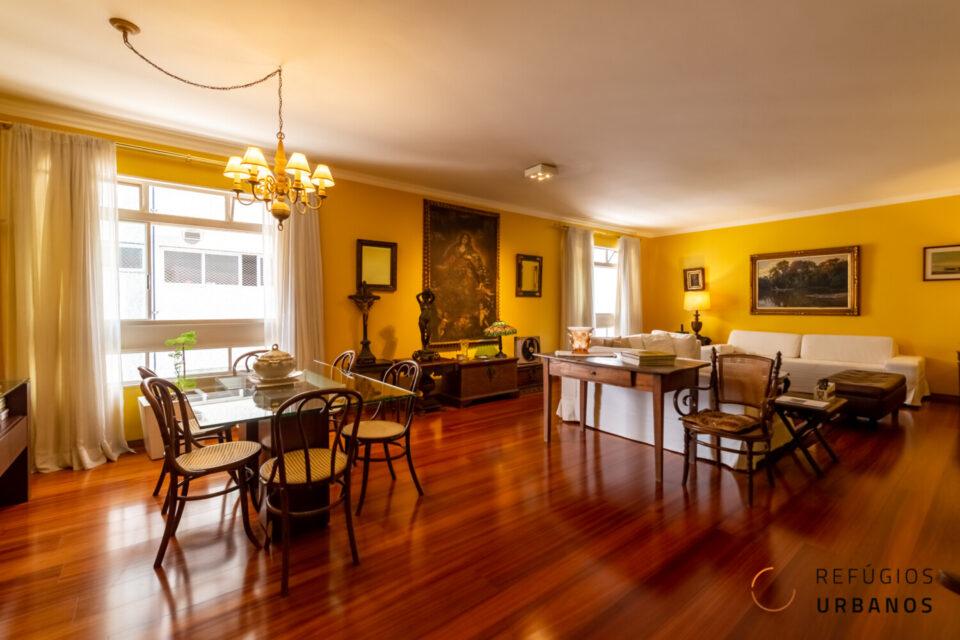 Apartamento em Higienopolis com 205m2, na última quadra da Maranhão, planta regular e cheia de potencial, 3 quartos, uma suite, e uma vaga.