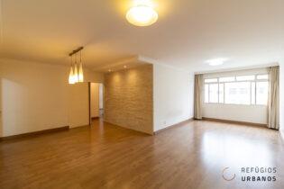 Este apartamento tem uma excelente localização em Santa Cecilia, 128 m2 em andar alto, com vista livre e uma planta ótima e flexível. Os ambientes são voltados para o sol da manhã, tem a parte elétrica e hidráulica novas, tornando este apê ainda mais especial.