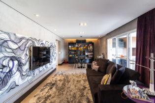 Apê com 128m2, varanda, duas suítes, duas vagas e personalidade com localização privilegiada no bairro, no Condomínio Casa das Caldeiras