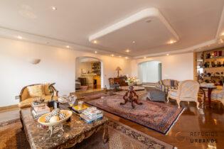 Apartamento na Santa Cecilia com 455m2 em andar alto, muitas varandas e vistas lindas, 4 suites, 5 vagas em condomínio com lazer.
